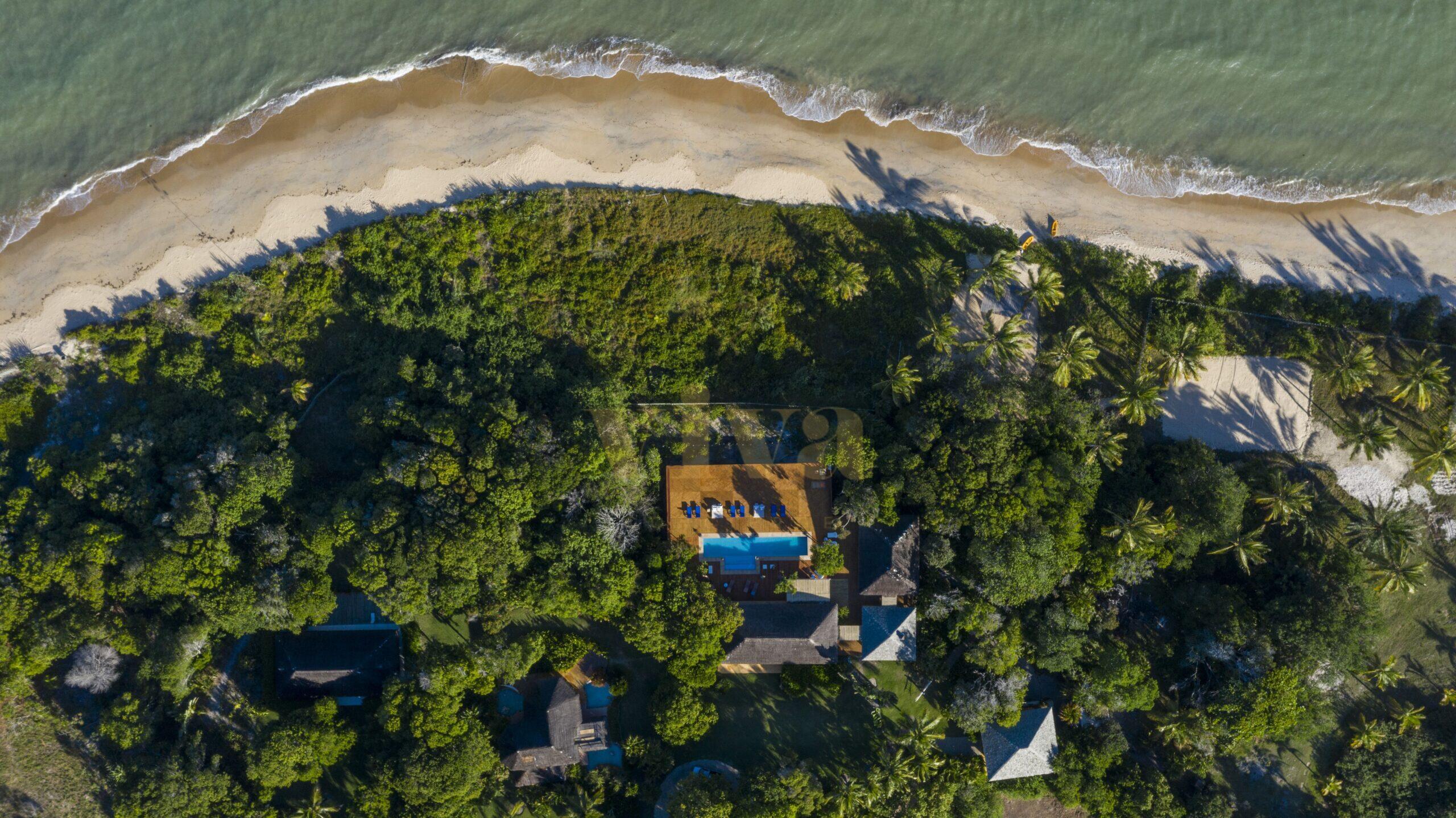 Área social - piscina 8 vista aérea com mar